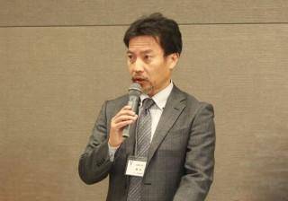 司会を務める奥田 徹ワイン科学研究センター長