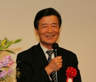 代表して挨拶する清水 山梨県立大学長
