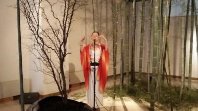 一井氏による即興アカペラパフォーマンス1月23日の様子