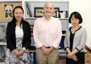 (左より)茅センター長、オリアリー同大教授、竹ノ内准教授
