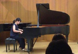 4. ピアノ独奏
